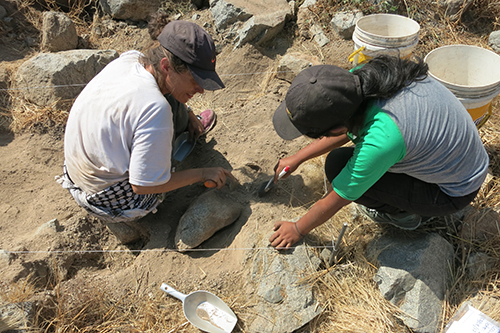 Students participate in an archaeological dig in Peru